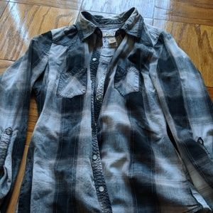 Black and white plaid button up shirt